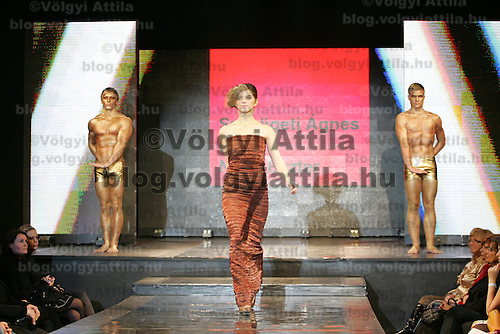 Model presents creations from Hungarian designer Agnes Szepligeti and Eszter Nagy during the Budapest Fashion Week held in Budapest, Hungary on November 24, 2010. ATTILA VOLGYI