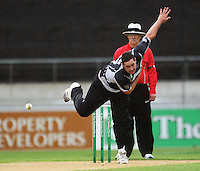 NZ's Jesse Ryder bowls during the 2nd ODI cricket match between the New Zealand Black Caps and India at Westpac Stadium, Wellington, New Zealand on Friday, 6 March 2009. Photo: Dave Lintott / lintottphoto.co.nz