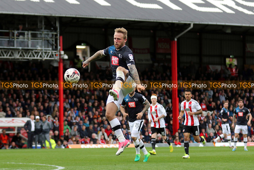 Johnny Russell of Derby County in action during Brentford vs Derby County, Sky Bet EFL Championship Football at Griffin Park on 14th April 2017