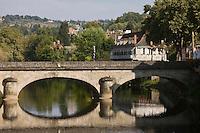 Europe/France/Midi-Pyrénées/46/Lot/Figeac: les bords du Célé et le Pont Gambetta