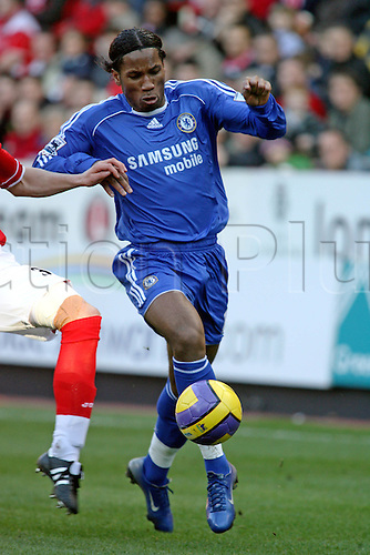 3 February 2007: Chelsea striker Didier Drogba runs with the ball during the Premiership game between Chelsea and Charlton Athletic, played at The Valley. Chelsea won the match 1-0. Photo: Actionplus....070203 football soccer player