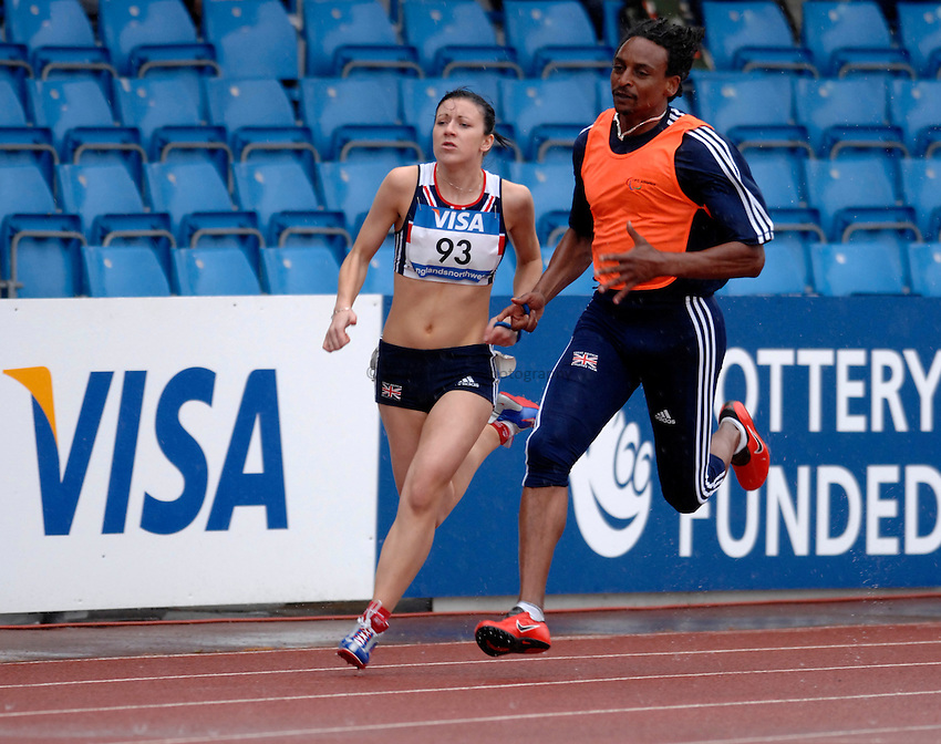 Photo: Richard Lane..VISA Paralympic World Cup 2007. Athletics. 13/05/2007. .Elizabeth Clegg of Great Britain in the women's T12 200m.