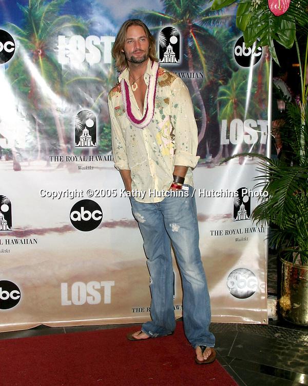 """Josh Holloway arriving at the .""""Lost"""" Season 2 Premiere after Party.Royal Hawaiian Hotel.Waikiki, Hawaii.September 14, 2005.©2005 Kathy Hutchins / Hutchins Photo."""