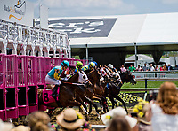 BALTIMORE, MD - MAY 19: Horses break from the gate in an undercard race on Black-Eyed Susan Day at Pimlico Race Course on May 19, 2017 in Baltimore, Maryland.(Photo by Scott Serio/Eclipse Sportswire/Getty Images)