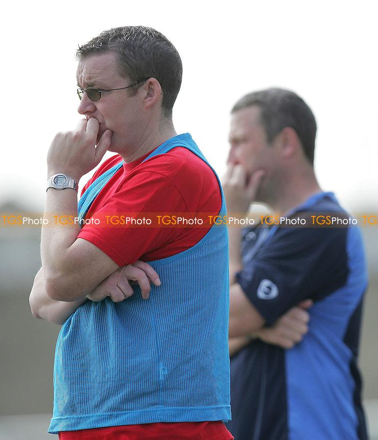 Tilbury vs Aveley - Ryman League Division One North at Chadfields - 09/04/07 - MANDATORY CREDIT: Gavin Ellis/TGSPHOTO