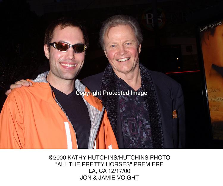 "©2000 KATHY HUTCHINS/HUTCHINS PHOTO..""ALL THE PRETTY HORSES"" PREMIERE..LA, CA 12/17/00..JON & JAMIE VOIGHT"