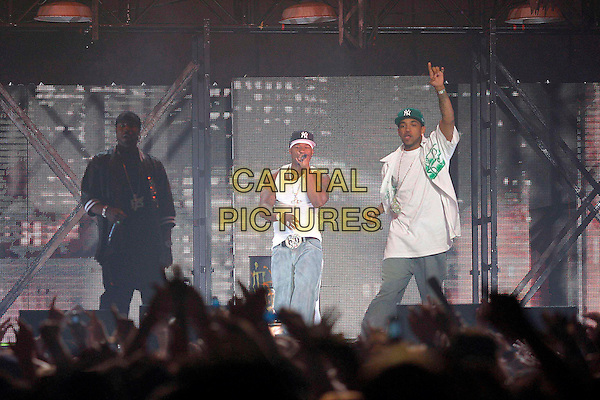 50 CENT - G UNIT.Live in concert at Nottingham Arena.September 13th, 2005.Ref: JEZ.stage performance music gig full length singing.www.capitalpictures.com.sales@capitalpictures.com.©Capital Pictures