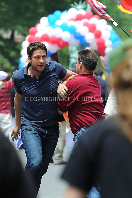 WWW.ACEPIXS.COM . . . . .  ....June 17 2009, New York City....Actor Gerald Butler was on the Brooklyn set of the new movie  'The Bounty' on June 17 2009 in New York City.....Please byline: KRISTIN CALLAHAN - ACEPIXS.COM.... *** ***..Ace Pictures, Inc:  ..tel: (212) 243 8787..e-mail: info@acepixs.com..web: http://www.acepixs.com