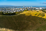 NEW ZEALAND, Auckland, Auckland Skyline from Mount Eden, Ben M Thomas