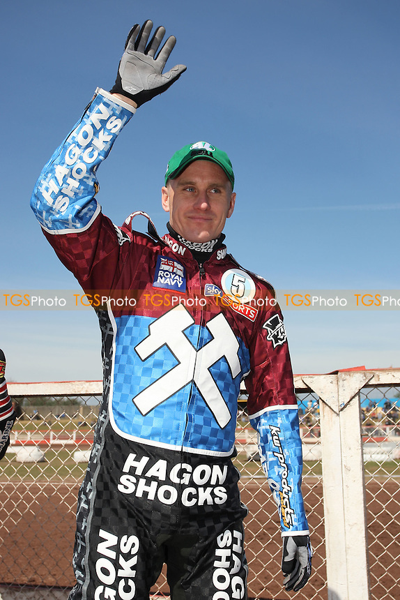 Lee Richardson of Lakeside Hammers - Lakeside Hammers vs Eastbourne Eagles - Sky Sports Elite League Speedway at Arena Essex Raceway, Purfleet - 06/04/12 - MANDATORY CREDIT: Gavin Ellis/TGSPHOTO - Self billing applies where appropriate - 0845 094 6026 - contact@tgsphoto.co.uk - NO UNPAID USE.