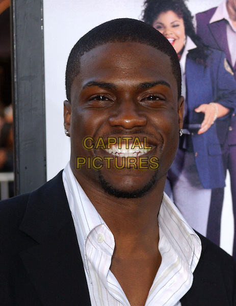 KEVIN HART.At the MGM Pictures' World Premiere of Soul Plane, held at The Mann Village Theatre in Westwood, California,.May 17,2004.portrait headshot smiling .*UK sales only*.www.capitalpictures.com.sales@capitalpictures.com.©Debbie Van Story/Capital Pictures