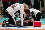 Nach 167 L&permil;nderspielen mit 576 Toren beendet Holger Glandorf seine Karriere in der deutschen Handball-Nationalmannschaft. Der 31-j&permil;hrige Linksh&permil;nder war 2007 Weltmeister und gewann im Juni mit der SG Flensburg-Handewitt die Champions League<br /> Archiv aus: <br />  Handball L&permil;nderspiel Deutschland vs. &fnof;gypten<br /> <br /> Holger Glandorf (HSG Nordhorn) wird nach einem Foulbehandelt.<br /> <br /> Foto &copy; nordphoto