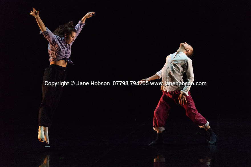 First and Third Year students of BA (Hons) Dance