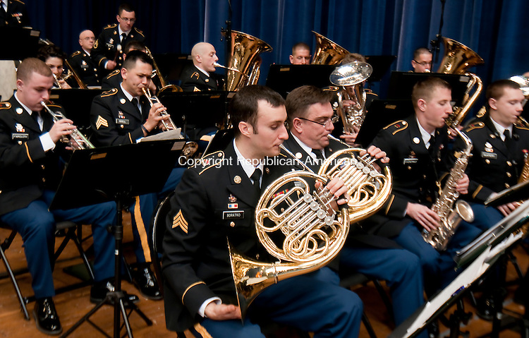 HARTFORD,  CT-010715JS01- Members of the 102nd Army Band plays for guess prior to the Gubernatorial Inauguration Ceremony Wednesday at the State Armory in Hartford. <br />  Jim Shannon Republican-American