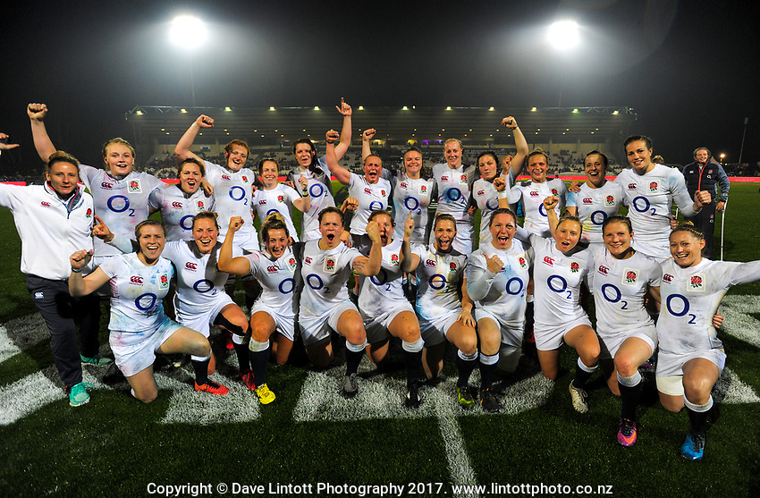 The Eng;land team celebrates winning the 2017 International Women's Rugby Series rugby match between the NZ Black Ferns and England Roses at Rotorua International Stadium in Rotorua, New Zealand on Saturday, 17 June 2017. Photo: Dave Lintott / lintottphoto.co.nz