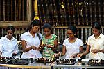 Sri Lanka Colombo, Isipathanaramaya buddhist temple / buddhistischer Tempel Isipathanaramaya