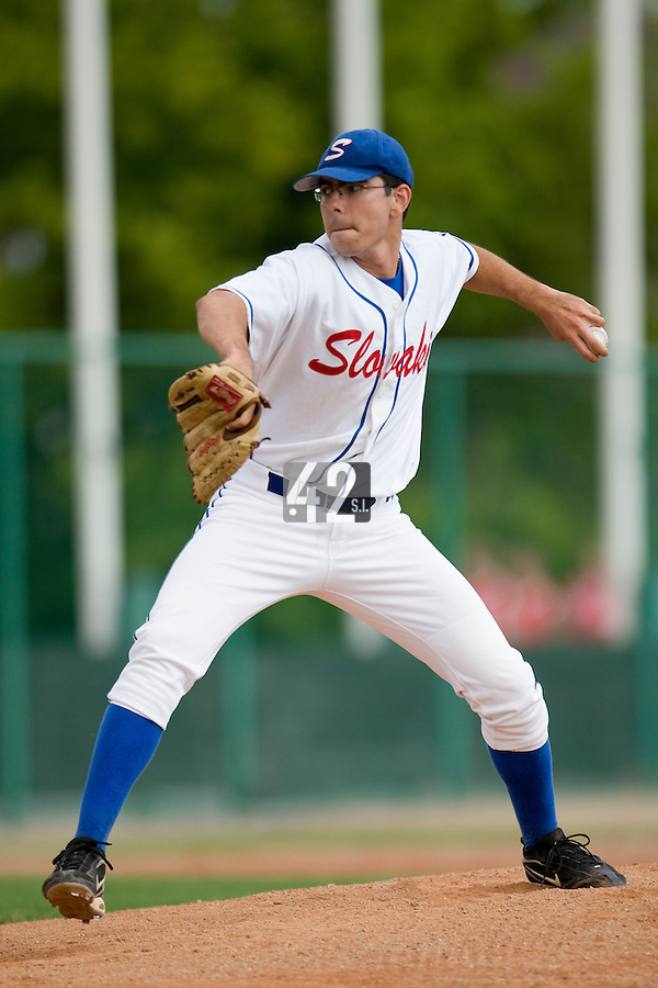 BASEBALL - GREEN ROLLER PARK - PRAGUE (CZECH REPUBLIC) - 24/06/2008 - PHOTO: CHRISTOPHE ELISE.PITCHER SLOVAKIA (TEAM FRANCE)