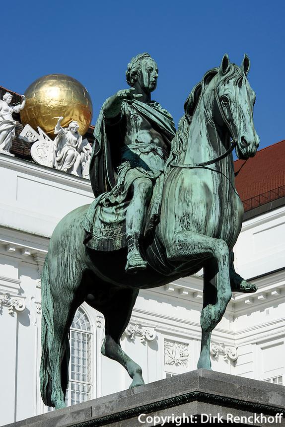 Josefsplatz mit Denkmal Joseph II Augustus, Wien, &Ouml;sterreich, UNESCO-Weltkulturerbe<br /> Jofef Square with monument Joseph II, Vienna, Austria, world heritage