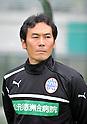 Ryosuke Okuno (Montedio), APRIL 30, 2012 - Football : 2012 J.LEAGUE Division 2 between Tokyo Verdy 0-2 Montedio Yamagata at Ajinomoto Stadium, Tokyo, Japan. (Photo by Atsushi Tomura /AFLO SPORT) [1035]
