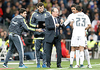 Real Madrid's coach Rafa Benitez (c) and Raphael Varane (2r) and Danilo Luiz da Silva (r) during La Liga match. November 21,2015. (ALTERPHOTOS/Acero) /NortePhoto