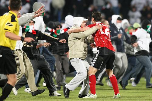 03.05.2011,  POLISH CUP FINAL, LEGIA WARSZAWA - LECH POZNAN, ARIEL BORYSIUK (LEGIA), KIBICE LEGII , HOOLIGANS, FIGHTS,