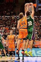 Harangody vs Golubovic<br /> Liga Endesa ACB - 2014/15<br /> J8<br /> Valencia Basket vs Unicaja