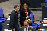 Konstituierende Sitzung des Deutschen Bundestag am Dienstag den 24. Oktober 2017.<br /> Im Bild: Die Abgeordneten warten auf die Ausaehlung einen zweiten Wahlgangs fuer die Wahl eines stellv. Bundestagspraesident, da der Kandidat der AfD, Albrecht Glaser, nicht die erforderliche Mehrheit bekommen hat.<br /> Bildmitte: Beatrix von Storch.<br /> 24.10.2017, Berlin<br /> Copyright: Christian-Ditsch.de<br /> [Inhaltsveraendernde Manipulation des Fotos nur nach ausdruecklicher Genehmigung des Fotografen. Vereinbarungen ueber Abtretung von Persoenlichkeitsrechten/Model Release der abgebildeten Person/Personen liegen nicht vor. NO MODEL RELEASE! Nur fuer Redaktionelle Zwecke. Don't publish without copyright Christian-Ditsch.de, Veroeffentlichung nur mit Fotografennennung, sowie gegen Honorar, MwSt. und Beleg. Konto: I N G - D i B a, IBAN DE58500105175400192269, BIC INGDDEFFXXX, Kontakt: post@christian-ditsch.de<br /> Bei der Bearbeitung der Dateiinformationen darf die Urheberkennzeichnung in den EXIF- und  IPTC-Daten nicht entfernt werden, diese sind in digitalen Medien nach §95c UrhG rechtlich geschuetzt. Der Urhebervermerk wird gemaess §13 UrhG verlangt.]