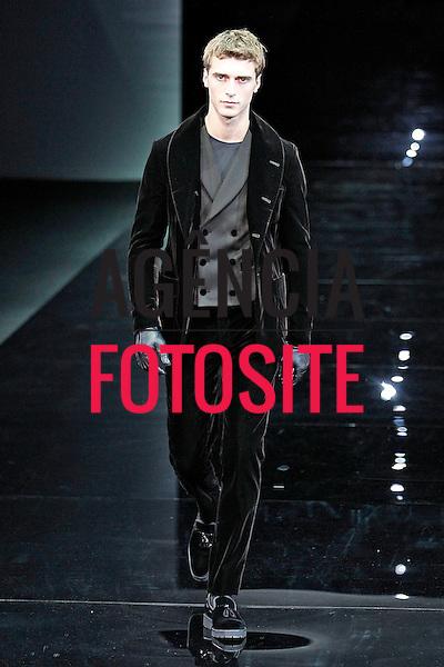 Milao, Italia &ndash; 01/2014 - Desfile de Giorgio Armani durante a Semana de moda masculina de Milao - Inverno 2014. <br /> Foto: FOTOSITE