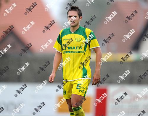 2011-08-14 / Voetbal / seizoen 2011-2012 / Witgoor Sport / Robbe Claes..Foto: mpics