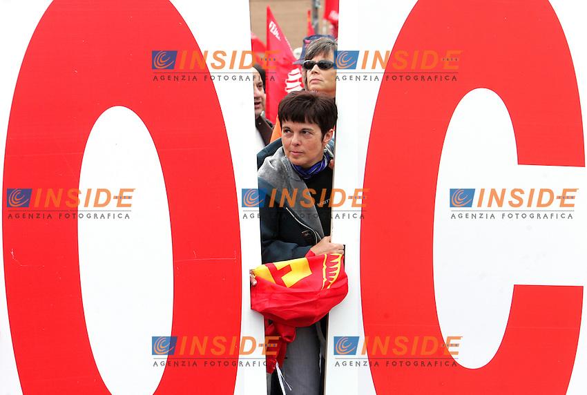 Roma 16/10/2010 Manifestazione della CGIL-FIOM metalmeccanici. Partenza da Piramide Piazzale Partigiani<br /> Photo Zucchi Samantha Insidefoto