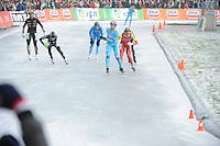 SCHAATSEN: NOORDLAREN: 18-01-2017, IJsvereniging De Hondsrug, de eerste marathon op natuurijs van 2017, winnaar Simon Schouten (#38), Robert Post (#48), ©foto Martin de Jong