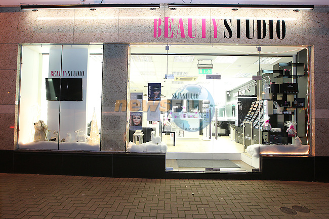 Beauty Studio Wellington Quay.Picture: Fran Caffrey/www.newsfile.ie.