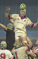 London. Great Britain, Lock Paddy Johns. passes the line out ball.   during the Heineken Cup.London Wasps v Ulster Match, played at Loftus Road, West London. 06/01/2002.  [Mandatory Credit;  Peter Spurrier/Intersport Images]..