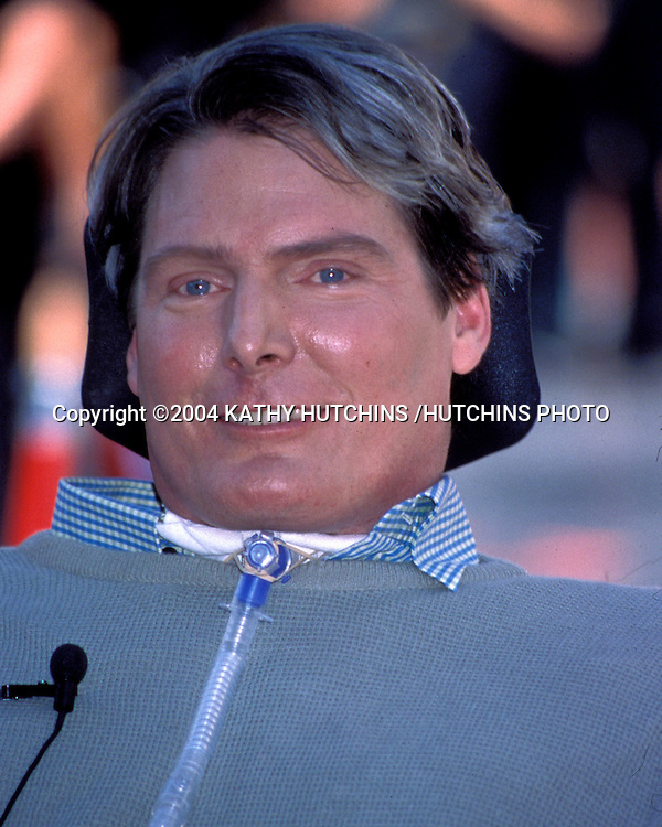 ©1997 KATHY HUTCHINS /HUTCHINS PHOTO.CHRISTOPER REEVE STAR HOLLYWOOD OF FAME.HOLLYWOOD CA.MARCH 15, 1997..CHRISTOPHER REEVE..