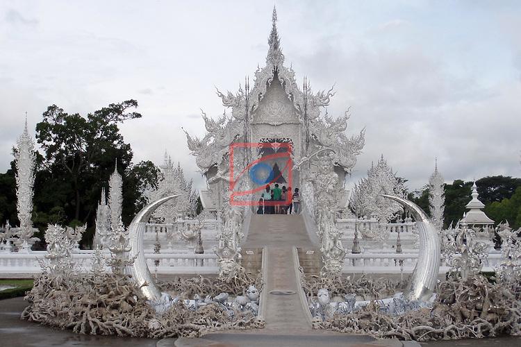 Thailand Tour.<br /> Wat Rongkun, Chiang Rai.