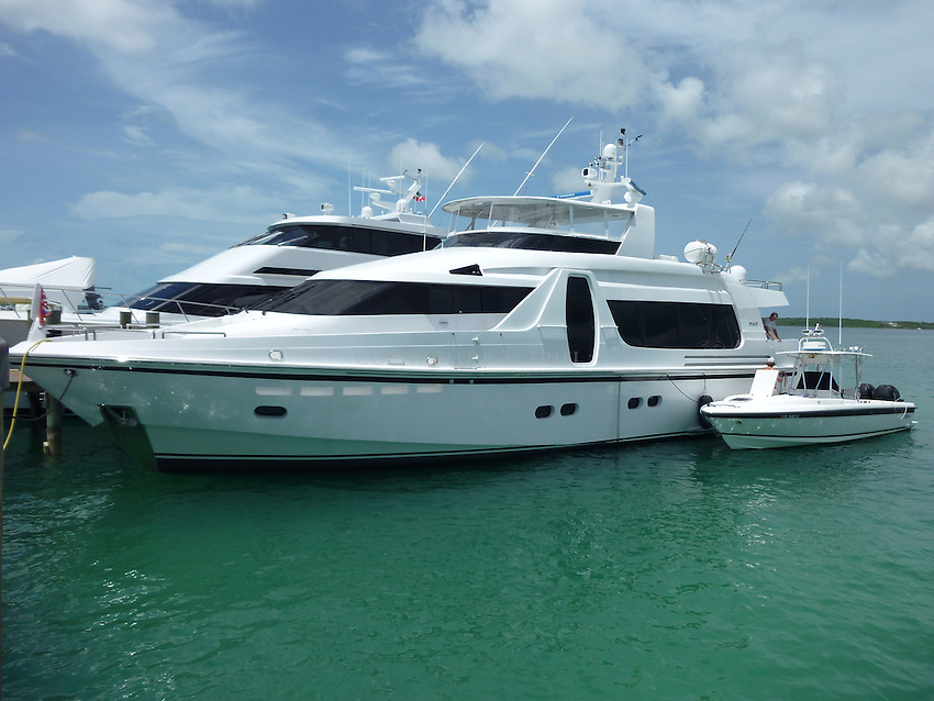 Colton Harris-Moore's getaway boat tied to its mother ship at Romora Bay Resort, Harbour Island, Bahamas.