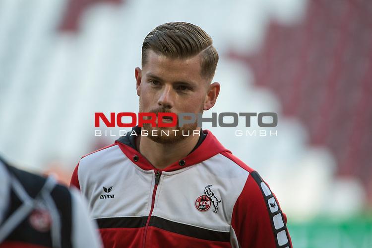 28.04.2016, WWK-Arena, Augsburg, GER, Bundesliga, 31. Spieltag, FC Augsburg vs 1 FC Koeln, im Bild<br /> <br /> Torwart Timo Horn (1 FC Koeln) 1<br /> <br /> Foto &copy; nordphoto / Schreyer