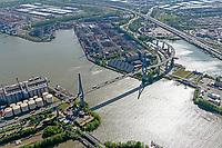 Köhlbrandbrücke: EUROPA, DEUTSCHLAND, HAMBURG 19.05.2020 Köhlbrandbrücke