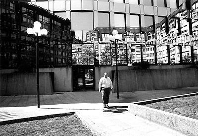 Genève, Vernier Avril 2003.©Interfoto