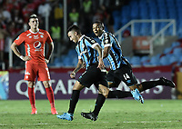 CALI - COLOMBIA, 03-03-2020: Matheus Henrique del Gremio celebra después de anotar el segundo gol de su equipo durante partido del grupo E como parte de la Copa CONMEBOL Libertadores 2020 entre América de Cali de Colombia y Gremio de Brasil jugado en el estadio Pascual Guerrero de la ciudad de Cali. / Matheus Henrique of Gremio celebrates after scoring the second goal of his team during match of the group E as part of Copa CONMEBOL Libertadores 2020 between America de Cali of Colombia and Gremio of Brazil played at Pascual Guerrero stadium in Cali. Photo: VizzorImage / Gabriel Aponte / Staff