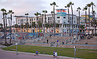 Downtown Huntington Beach at Pierside Plaza