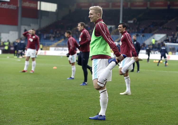 Burnley's Ben Mee during the pre-match warm-up <br /> <br /> Photographer Rich Linley/CameraSport<br /> <br /> The Premier League - Burnley v Everton - Wednesday 26th December 2018 - Turf Moor - Burnley<br /> <br /> World Copyright © 2018 CameraSport. All rights reserved. 43 Linden Ave. Countesthorpe. Leicester. England. LE8 5PG - Tel: +44 (0) 116 277 4147 - admin@camerasport.com - www.camerasport.com