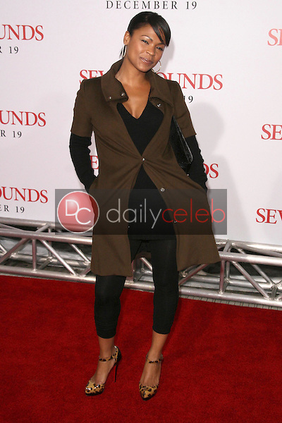 Nia Long <br /> at the Los Angeles Premiere of 'Seven Pounds'. Mann Village Theatre, Westwood, CA. 12-16-08<br /> Dave Edwards/DailyCeleb.com 818-249-4998
