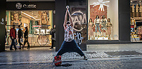 Pictured: A street performer.<br /> Re: Street photography, Athens, Greece. Thursday 27 February 2020