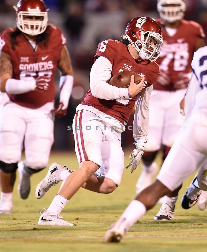 Oklahoma Sooners Baker Mayfield (6) during a game against the Texas Christian Horned Frogs on November 21, 2015 at Memorial Stadium in Norman, OK. Oklahoma beat Texas Christian 30-29.