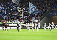 Schalker Spieler lösen Unmut aus indem sie vor dem Anstoss nochmal zu den eigenen Fans gehen - 11.11.2018: Eintracht Frankfurt vs. FC Schalke 04, Commerzbank Arena, DISCLAIMER: DFL regulations prohibit any use of photographs as image sequences and/or quasi-video.