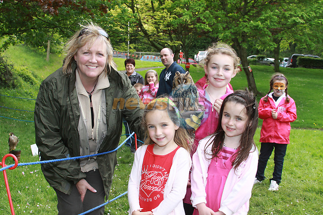 Ruby and Angel Cogan-McCann and Jesica McCann with Barbara McCann at the Arts Festival in Dominics park.Pic Fran Caffrey/Newsfile.ie