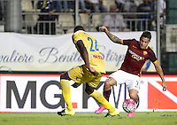 Calcio, Serie A: Frosinone vs Roma. Frosinone, stadio Comunale, 12 settembre 2015.<br /> Roma&rsquo;s Juan Iturbe, right, prepares to score during the Italian Serie A football match between Frosinone and Roma at Frosinone Comunale stadium, 12 September 2015.<br /> UPDATE IMAGES PRESS/Isabella Bonotto