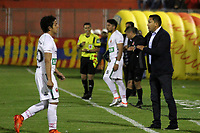 PASTO -COLOMBIA, 14-03-2018: Diego Corredor técnico de Patriotas Boyaca gesticula durante el encuentro con Deportivo Pasto por la fecha 8 de la Liga Águila II 2018 jugado en el estadio La Libertad de Pasto. / Diego Corredor coach of Patriotas Boyaca gestures during match against Deportivo Pasto for the date 8 of Aguila League II 2018 played at La Libertad stadium in Pasto. Photo: VizzorImage / Leonardo Castro / Cont