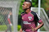 SÃO PAULO, SP, 24.11.2016 – FUTEBOL-SAO PAULO - Kelvin durante treino do São Paulo realizado no CT da Barra Funda, na zona oeste da capital, na manhã desta quinta - feira (24).(Foto: Renato Gizzi/Brazil Photo Press)